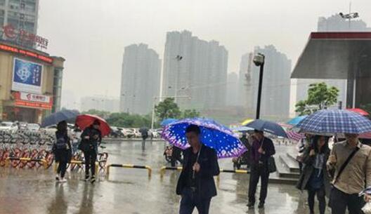 广东海南等有大到暴雨 明起全国大部升温